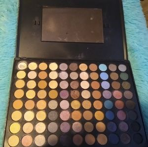 Eye shadow pallet 88 colors